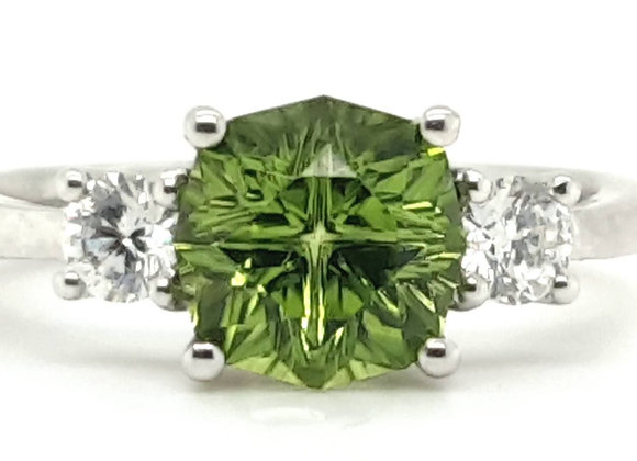 18ct White Gold Peridot and Diamond Ring