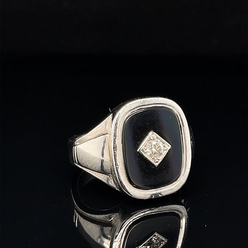 A Large Diamond & Onyx 18ct White Gold Ring