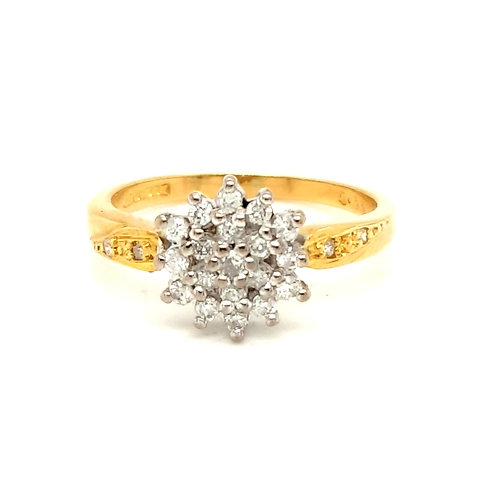 Diamond Cluster Ring 18ct Gold