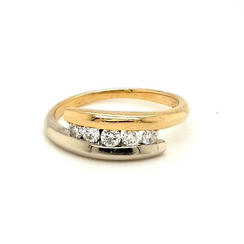 18CT 18K GOLD 30 PTS DIAMOND FIVE STONE BI METAL TWIST RING SIZE L US SIZE 5 3/4