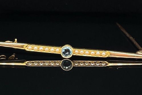 Aquamarine and Diamond Edwardian 15ct Gold Brooch