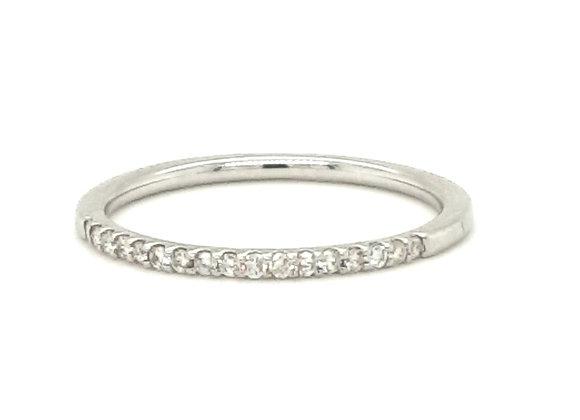 Pretty Slim Diamond Ring Platinum