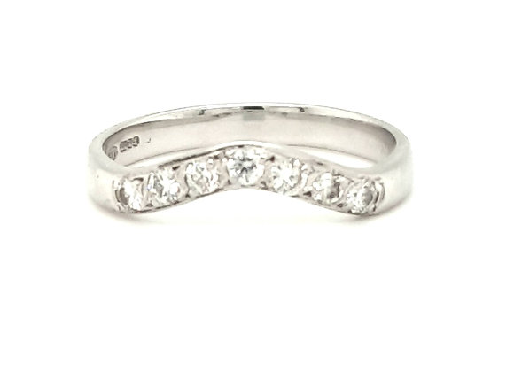 Designer Shaped Diamond Band 18ct Gold