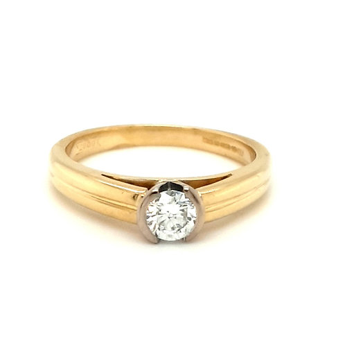 A Demi Set Diamond Solitaire Ring 18ct Gold