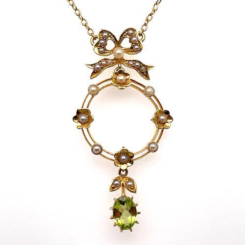 Edwardian Peridot & Pearl Lavalier 15ct Yellow Gold