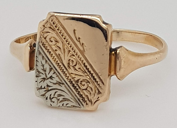 Victorian Engraved Fancy Signet Ring 9ct Yellow Gold Size T