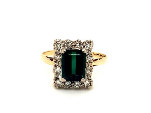 GreenTourmaline and Diamond Cluster Ring 18ct Gold