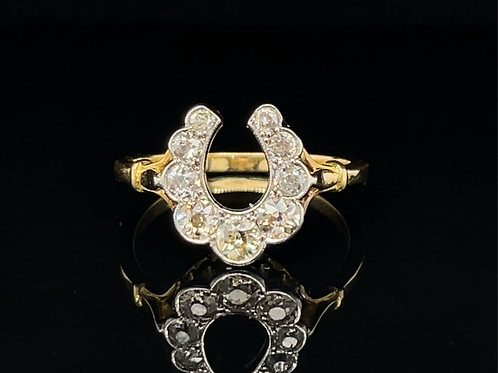 A Vintage Lucky Horseshoe Diamond Ring in 18ct Gold
