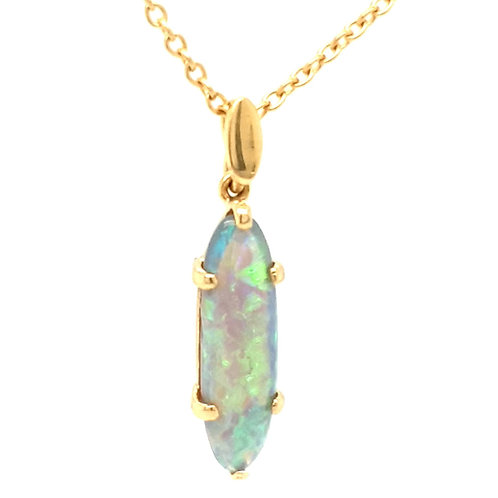 Opal Pendant and Chain 18ct Gold
