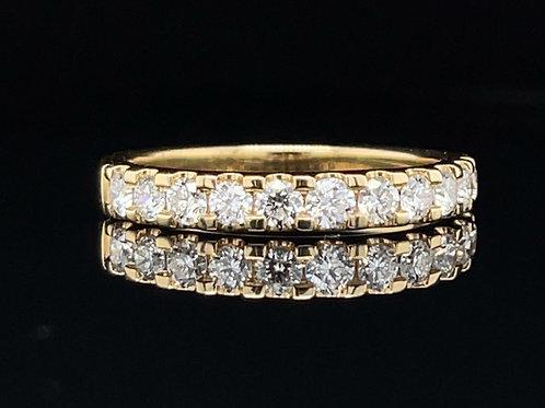 Pretty Diamond Claw Set Ring 0.78 Carat 18ct Yellow