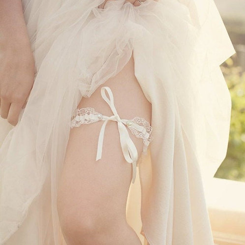 Tie Style Ivory Lace Mother of Pearl Wedding Bridal Garter