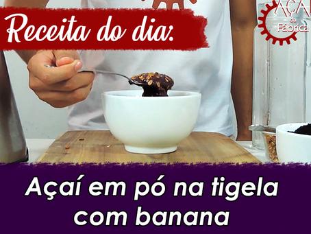 #02 - Receitas Açaí da Fábrica -  Açaí em pó na tigela com banana