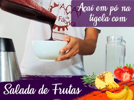 #06 - Receitas Açaí da Fábrica -  Açaí em pó na tigela com salada de frutas