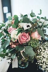 romantic bridal bouquet, bridal bouquet with greenery, modern bridal bouquet, natural bridal bouquet, organic bridal bouquet, eucalyptus bouquet
