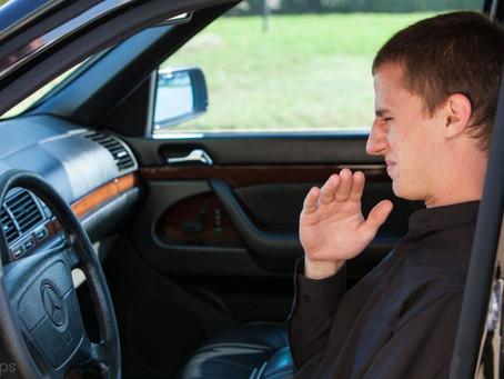 Πώς να απαλλαγείτε από μια άσχημη μυρωδιά στο αυτοκίνητό σας