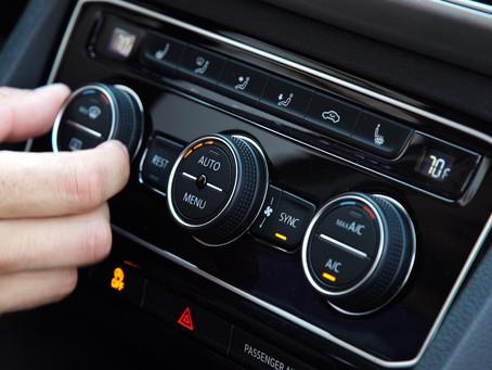 Καύσωνας: Πώς θα μεγιστοποιήσεις την απόδοση τού κλιματισμού στο αυτοκίνητό σου