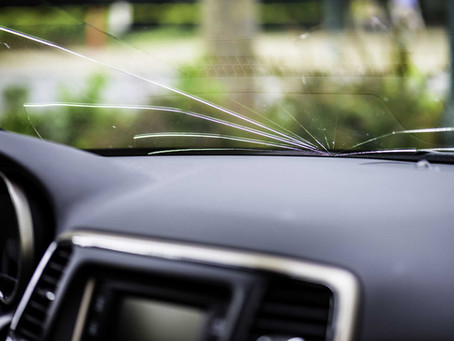 Είναι ασφαλές να οδηγώ με ραγισμένο παρμπρίζ;