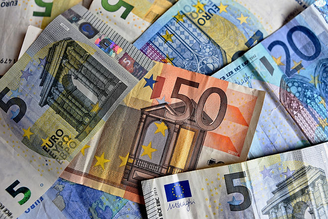money-3481699_1920.jpg