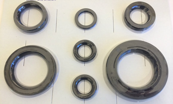 ENGINE GEARBOX OIL SEAL KIT T120 TR6