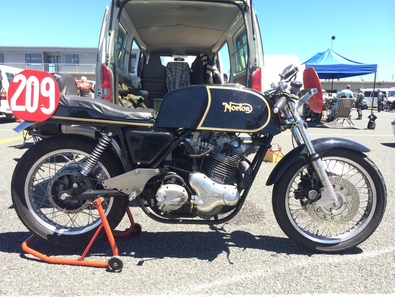 Norton+race+bike.JPG