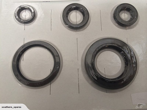 A50 A65 - ENGINE GEARBOX OIL SEAL KIT