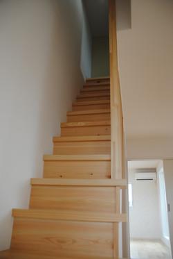 2Fから3F階段