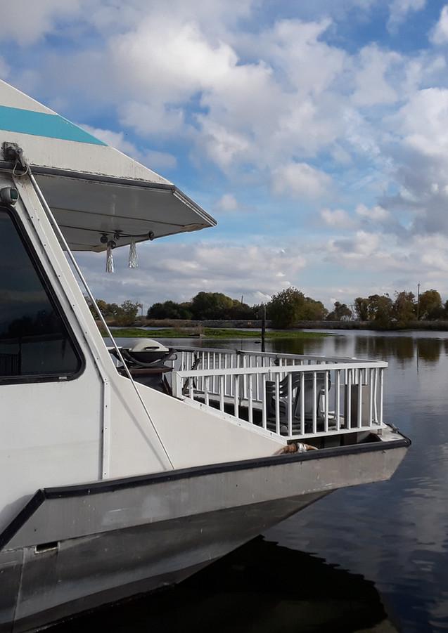 Calm water at Brentwood Marina