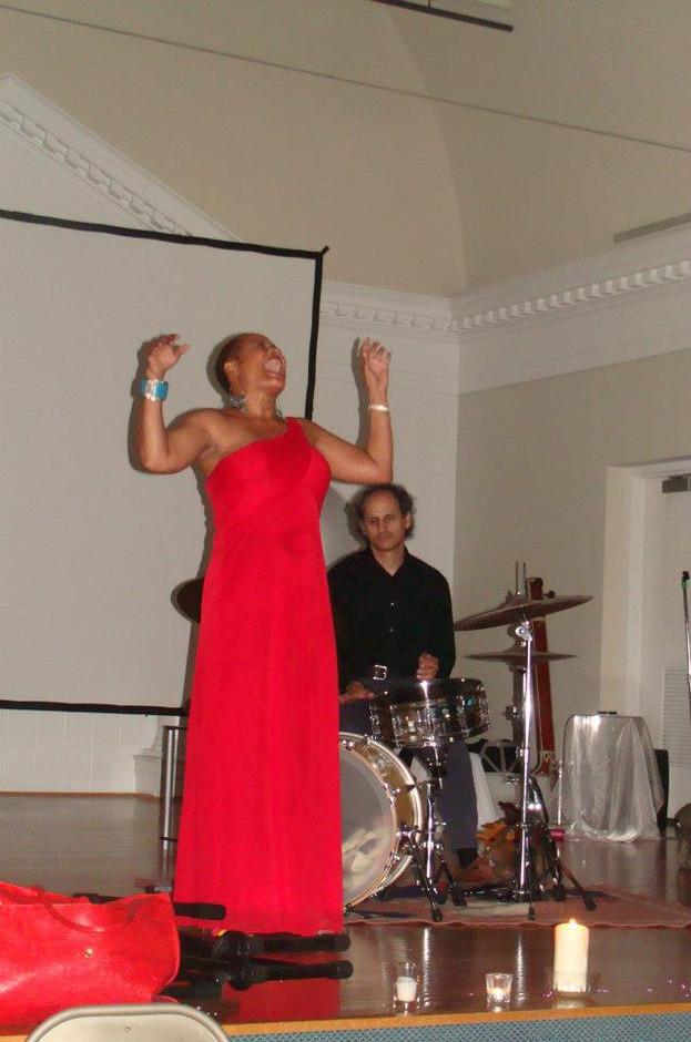Rhonda Jeter sings at TMC 2012 Gala