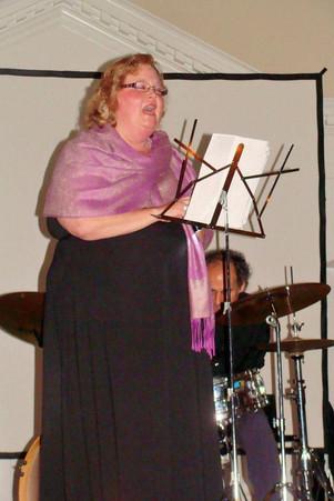 Diana Williams sings at TMC 2012 Gala