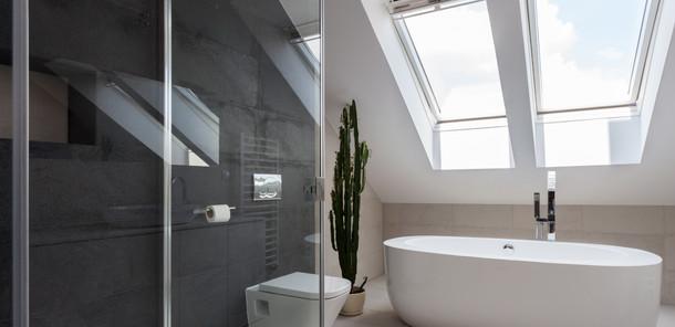 03 Refurbishment Bathroom.jpg
