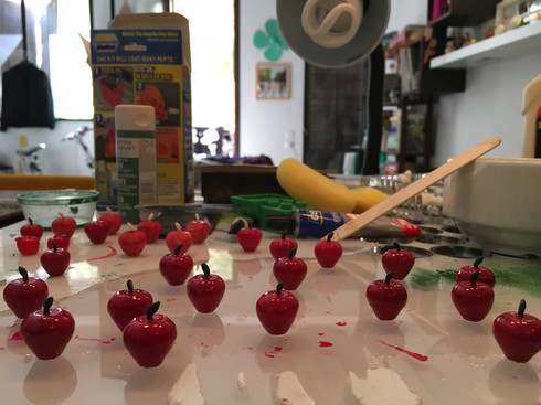 Art Process. 3D Printed Apples , Smoothing, Painting and Coating.