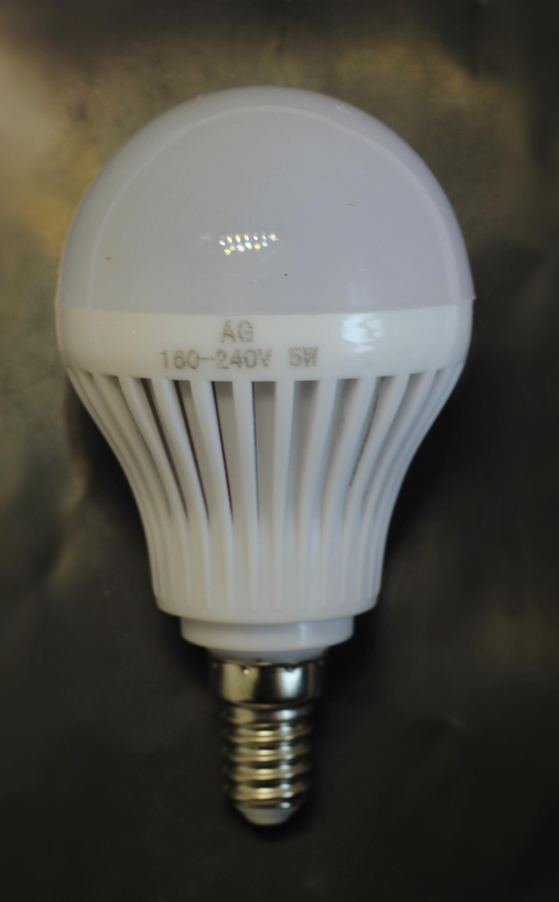LED 5W E14