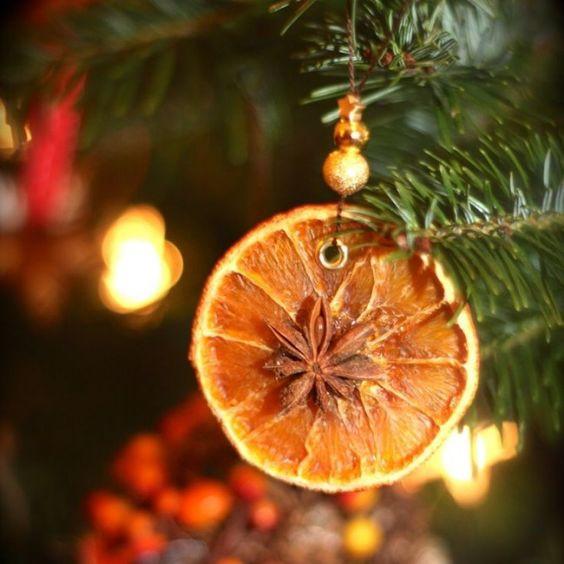 Pour que votre maison sente bon Noël, il vous faut...