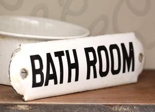 RÉTRO - VINTAGE  Voici 10 Salles de bain so 50's qu'on adore !!