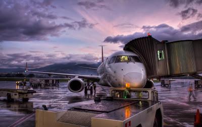 Resaca en el aeropuerto de Palma- En guardia ante el Chi manipulado