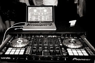 Pioneer DJ Ollo Controller