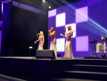 The Sweethearts - Stage 2, Zurich.JPG