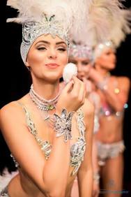 5 Star Live showgirls.jpg