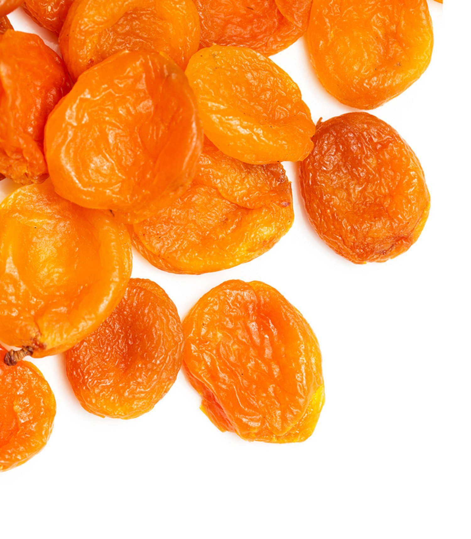 dried-apricots-background