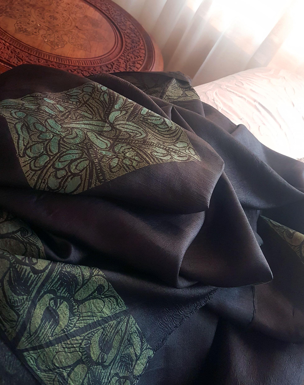 Blocked Black paper silk dupatti