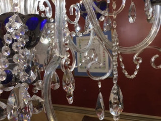 Replacement broken crystal arm for a chandelier