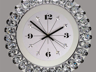 Wall clocks with premium crystal for decorations your interiors.