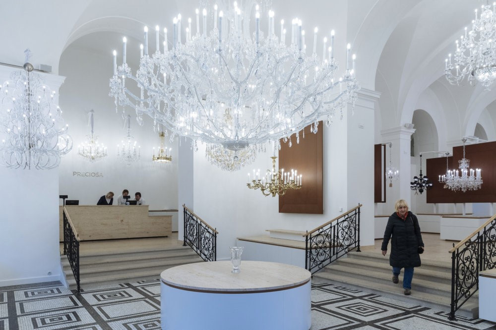 Gallery united states berkana usa crystal chandeliers showroom berkana usa aloadofball Gallery