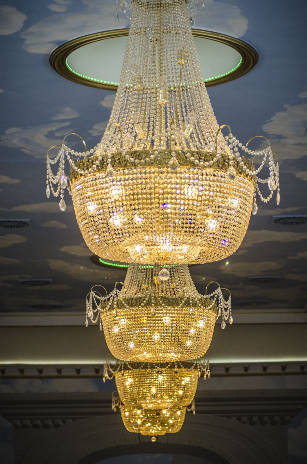 Preciosa_Lighting_Hotel_Kiston_Kistowo_Poland_Interior_traditional style_berkana usa_ballroom_