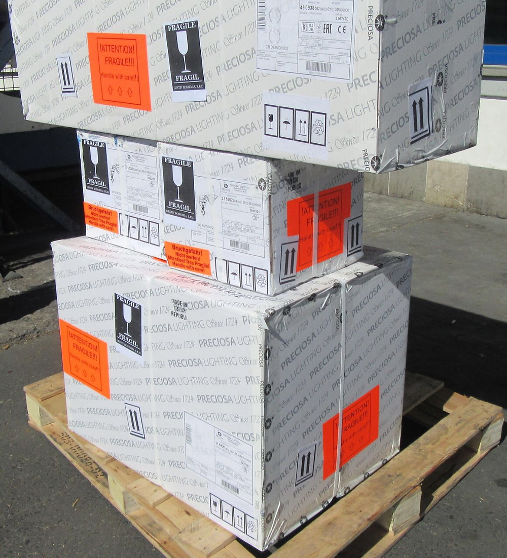 Shipment of Chandeliers to custome by airlines