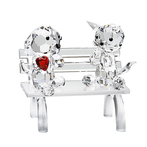 Gift. Crystal miniature. Doggie and Kitty on Bench with red heart. 0617 63