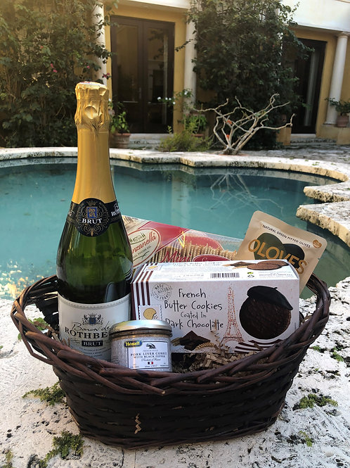 Sparkling Wine Father's Day Gift Basket