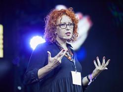 Eclipse de artă #4: Interviu cu Carmen Ion, profesoara care a fondat festivalul Boovie