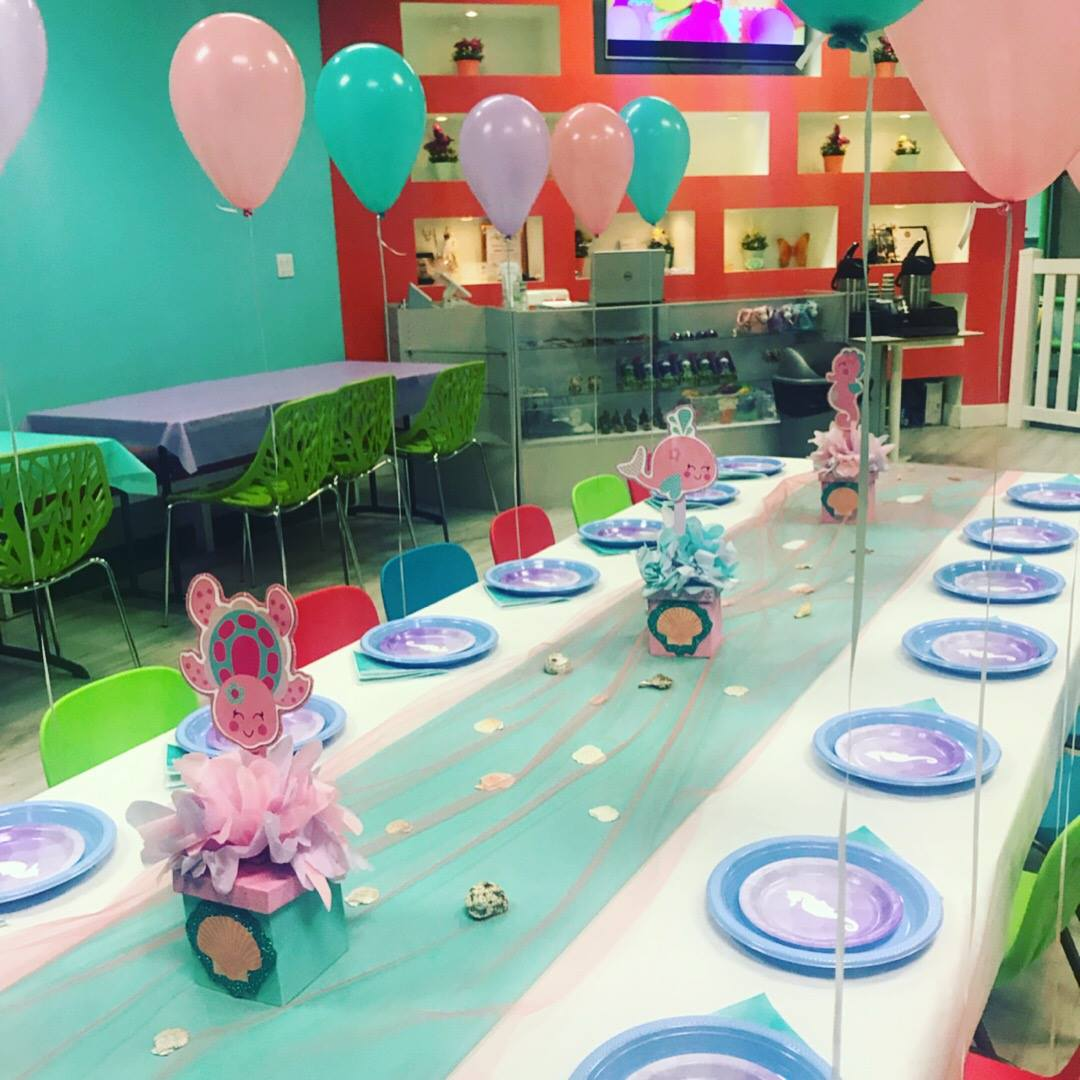 package 3 under the sea kids table