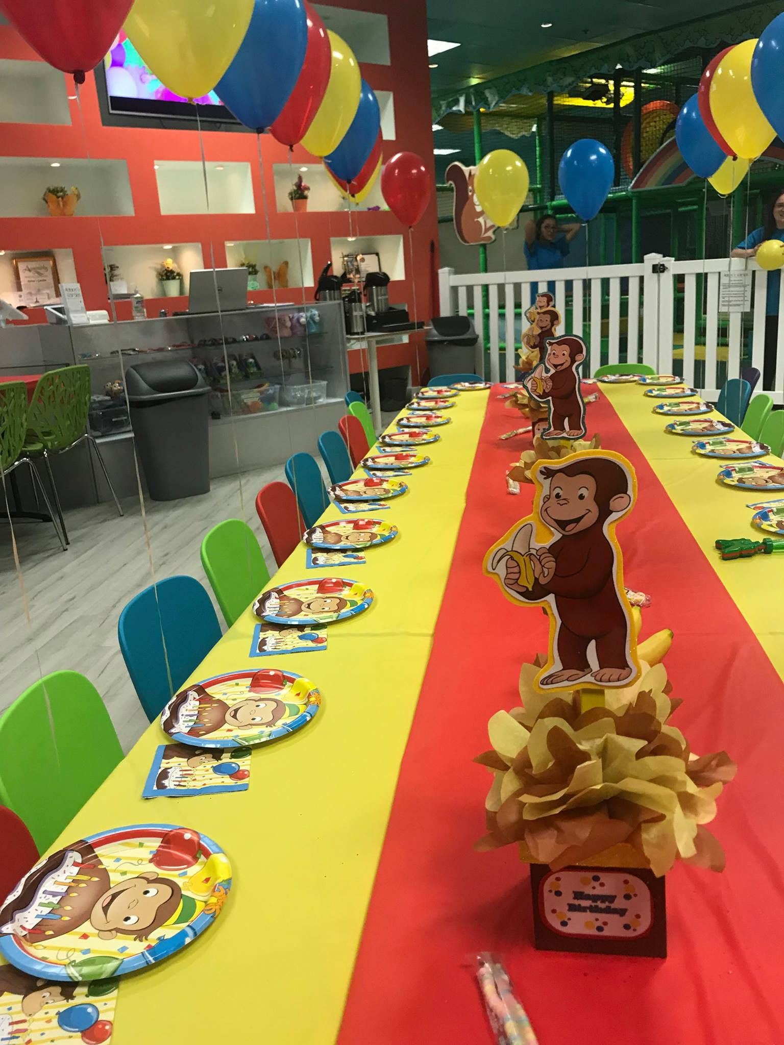 package 3 curious george kids table